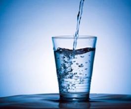 bicchiere-La-tecnica-del-bicchiere-dacqua